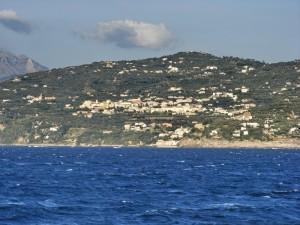 Panorama di Massa Lubrense dal mare