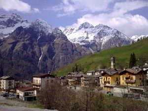 tra vallata e montagna