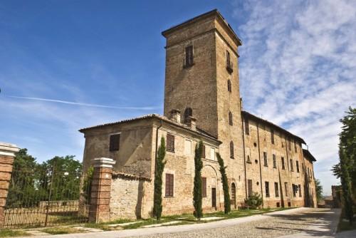 Montebello della Battaglia - il castello-villa dei Conti Premoli