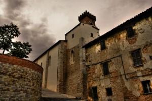 Panorama Chiesa e Castello di Serrapetrona