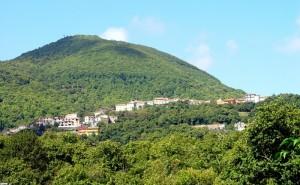 Gallo,frazione di Roccamonfina: un paese disteso…