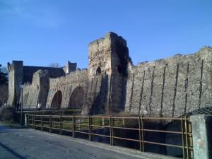 Le mura della difesa