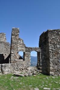 Il castello che domina la valle 2
