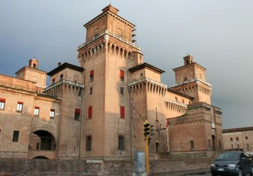 Ferrara - inquinando il castello!!