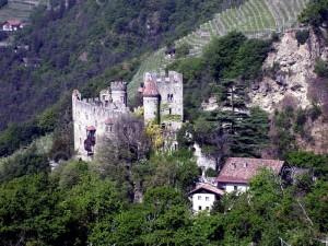 Tirolo: Castel Fontana