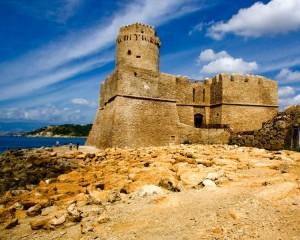 Castello Aragonese Versante Est