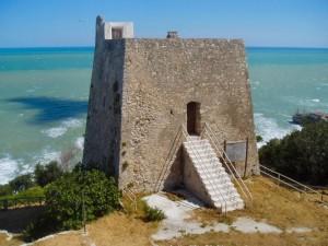 Torre di Monte Pucci con trabucco