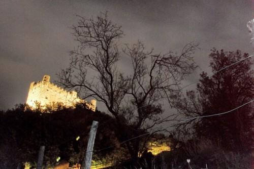 Châtillon - Il Castello di Ussel, ruvido