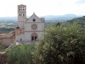 Ammirando la  chiesa di San Francesco