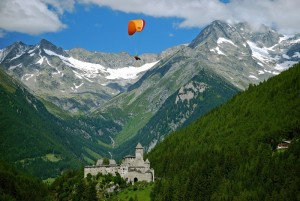 si vola sul castel Taufers