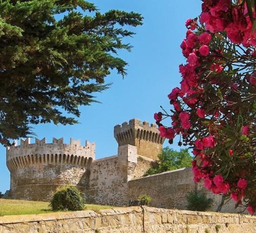 Piombino - Castello di Populonia