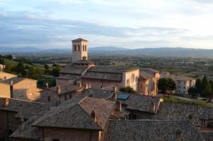 Assisi e la luce del tramonto