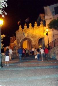 notturno sul borgo mediovale
