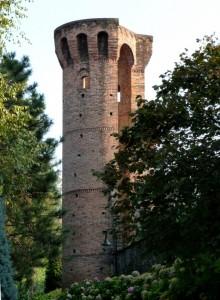 Avigliana : Torre circolare