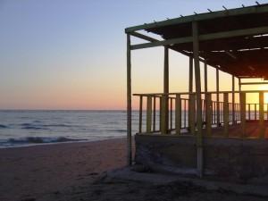 Punta Secca….dietro il faro al tramonto