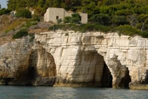 Un particolare della costa del Gargano
