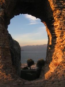 panorama dalle Grotte di Catullo