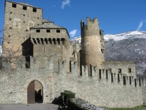 L'imponente castello di Fenis