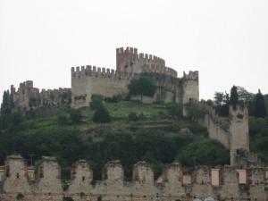 Soave… come il suo nome il castello di Soave