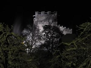 Castello di Foresta by night and snow