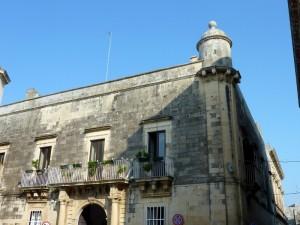 Palazzo Garzia e la sua Garitta