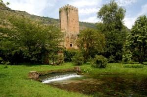 Torre nell'oasi di Ninfa