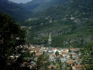 Il paese di Edolo in Valcamonica