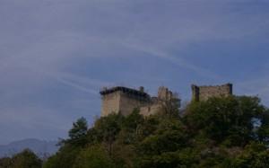 Arnad, il castello2