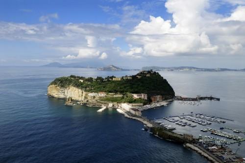 Napoli - L'isola di Nisida