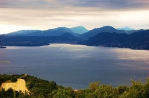 vista lago di garda dalla Caprino Spiazzi