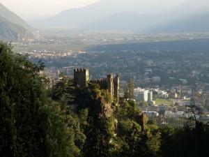 Castello ai piedi di Tirolo
