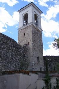 Mura e torre campanaria