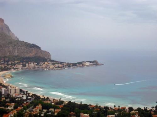 Palermo - uno sguardo da monte pellegrino....