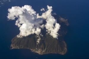 Veduta aerea dell'isola di Salina