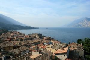 Il centro storico di Malcesine affacciato sul lago
