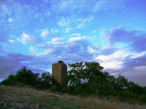 """Una Torre fra le Nuvole"""