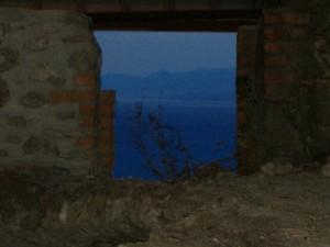 il mare dal castello