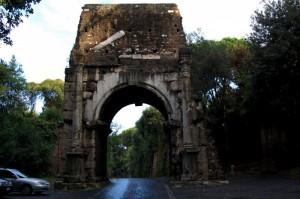 L'Arco di Druso la controporta di Porta San Sebastiano