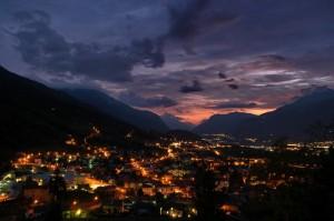 La valle dell'Adige al crepuscolo