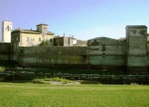 le mura di Campi