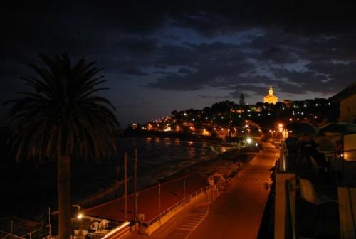 Sanremo - luce sul fondo