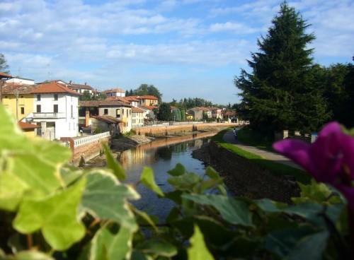 Bernate Ticino - L'Alzaia