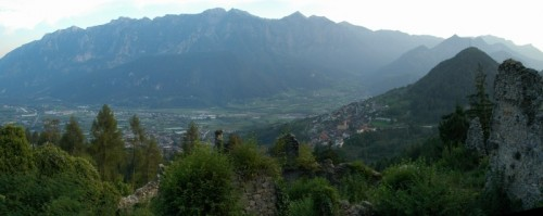 Telve di Sopra - Panoramica sulla valsugana dalle rovine di Castel Alto Valsugana