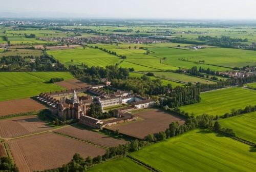 Certosa di Pavia - PARONAMA CON LA CERTOSA DI PAVIA