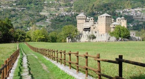 Fénis - Verso il castello