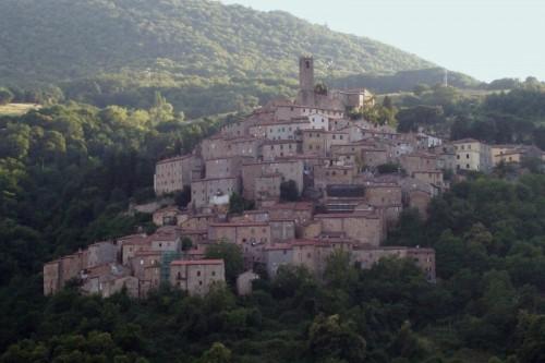 Castelnuovo di Val di Cecina - ...appeso in parete...