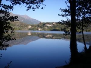 Il lago Sirio ed il panorama di Chiaverano