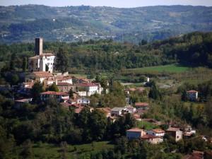 Il castello delle frabose ed il suo borgo…..