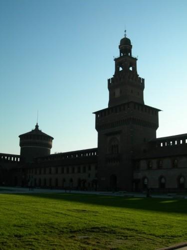 Milano - al Castello....la quiete della mattina.