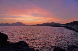 Sapri al tramonto vista dal porto